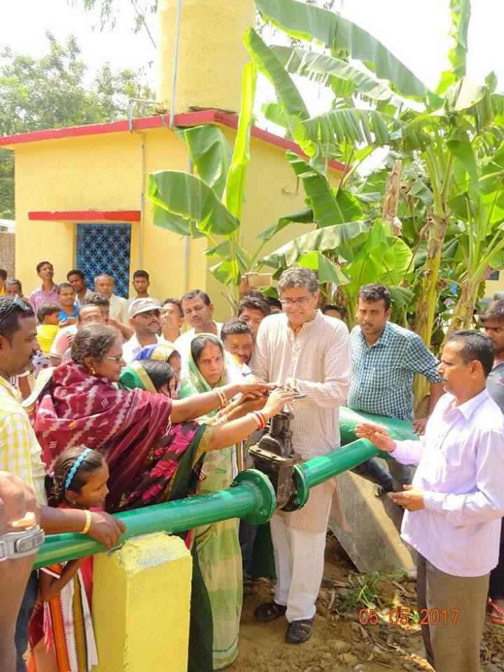 MP Baijayant Jay Panda inaugurates a drinking water project with local PRI members